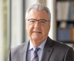 Dr. Rudolf W. Strohmeier